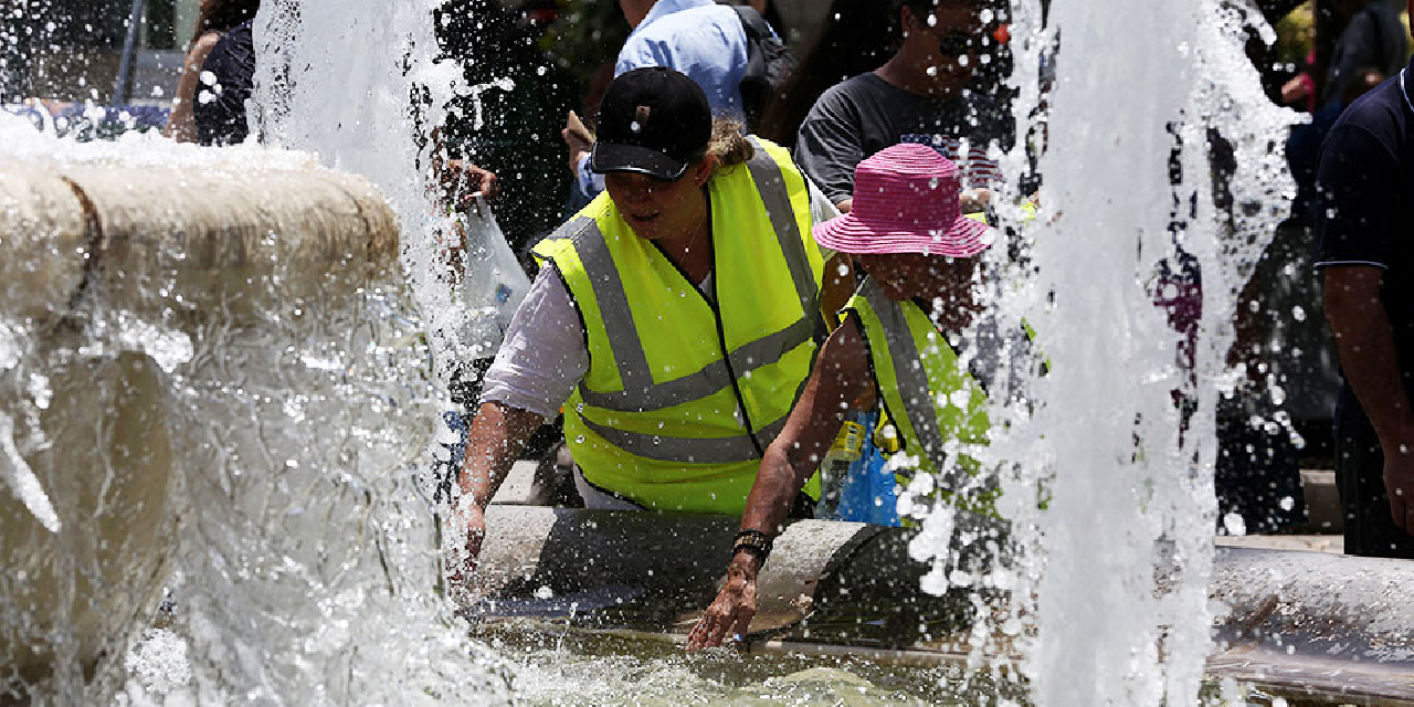 Climate-change-responsible-for-one-in-three-heat-related-deaths/